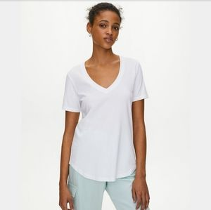 Babaton Foundation V Neck Linen Shirt